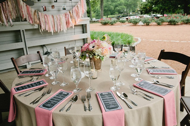 Belle Meade Plantation Table - Photo by Sasithon