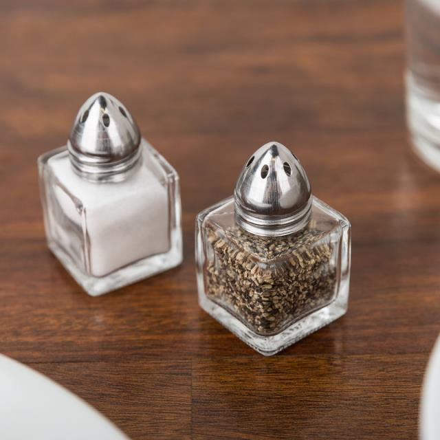 Rent Salt & Pepper Shakers